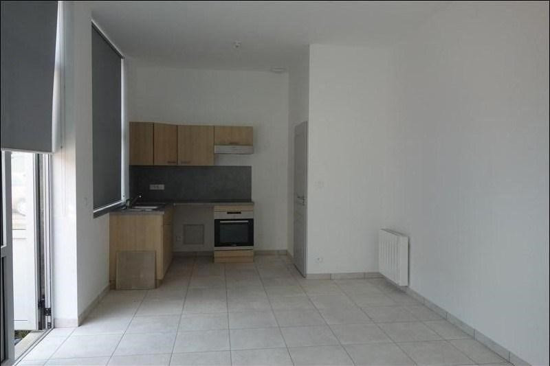 Location maison / villa Le coteau 510€ CC - Photo 1