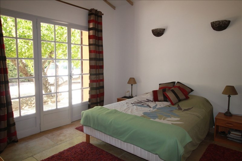 Deluxe sale house / villa Ventabren 875000€ - Picture 10