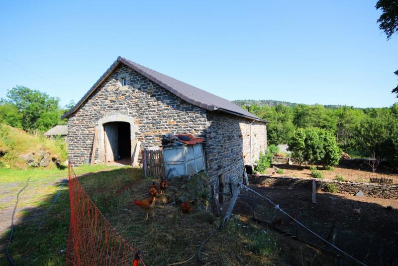Sale house / villa Chaudeyrolles 165000€ - Picture 3