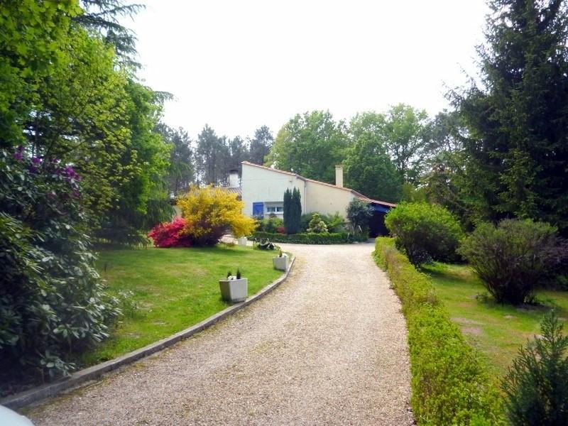 Sale house / villa St antoine sur l isle 232000€ - Picture 1