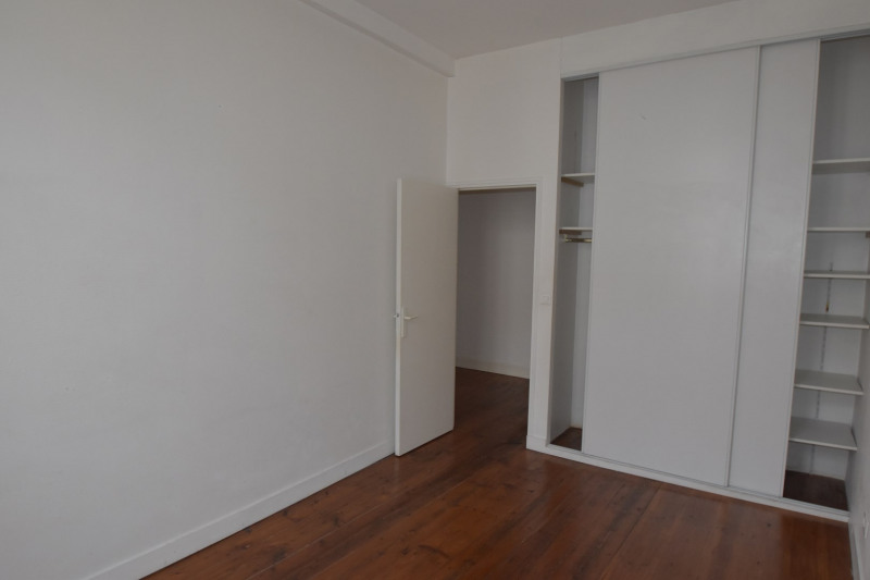 Rental apartment Saintes 606€ CC - Picture 5