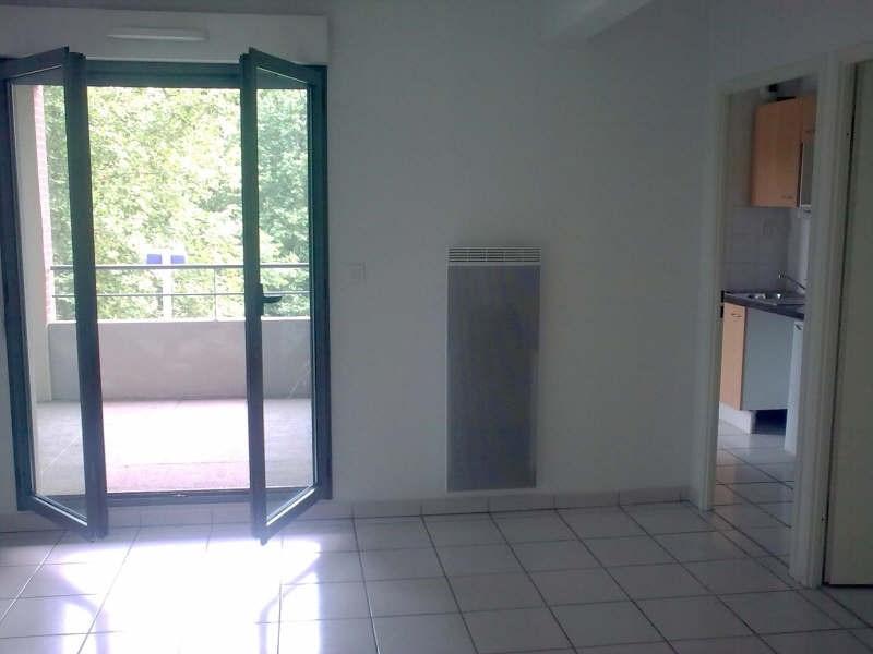Rental apartment St lys 450€ CC - Picture 2