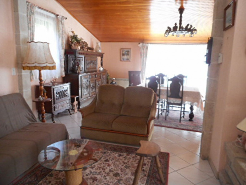 Sale house / villa Bourseul 241500€ - Picture 6