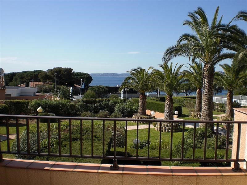 Vacation rental apartment Les issambres 1 120€ - Picture 2