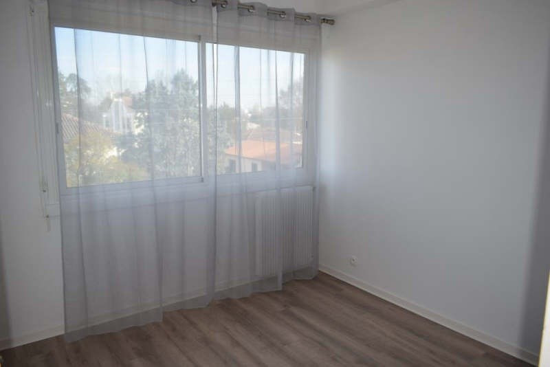 Sale apartment Talence 159800€ - Picture 3