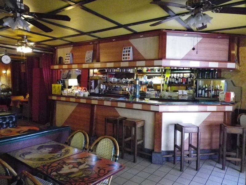 Vente local commercial Salies de bearn 449000€ - Photo 2