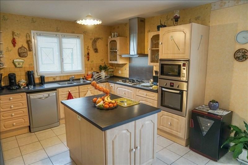 Sale house / villa St andre de cubzac 265000€ - Picture 6