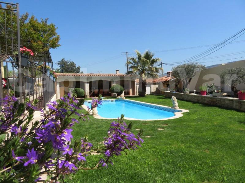 Deluxe sale house / villa Cuges-les-pins 629000€ - Picture 1