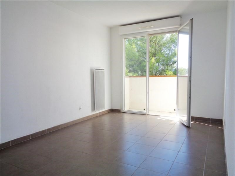 Location appartement Seyne sur mer 585€ CC - Photo 1