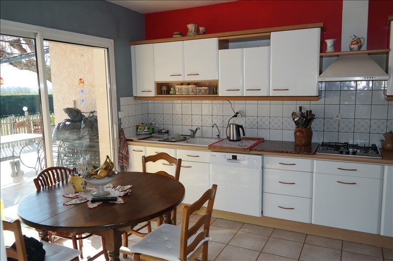 Sale house / villa Grisolles 318 000€ - Picture 4