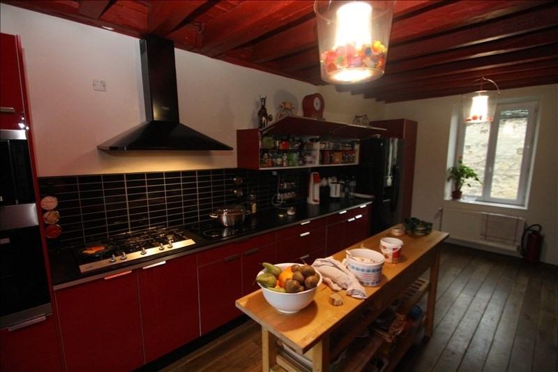 Sale house / villa Nanteuil le haudouin 235000€ - Picture 6