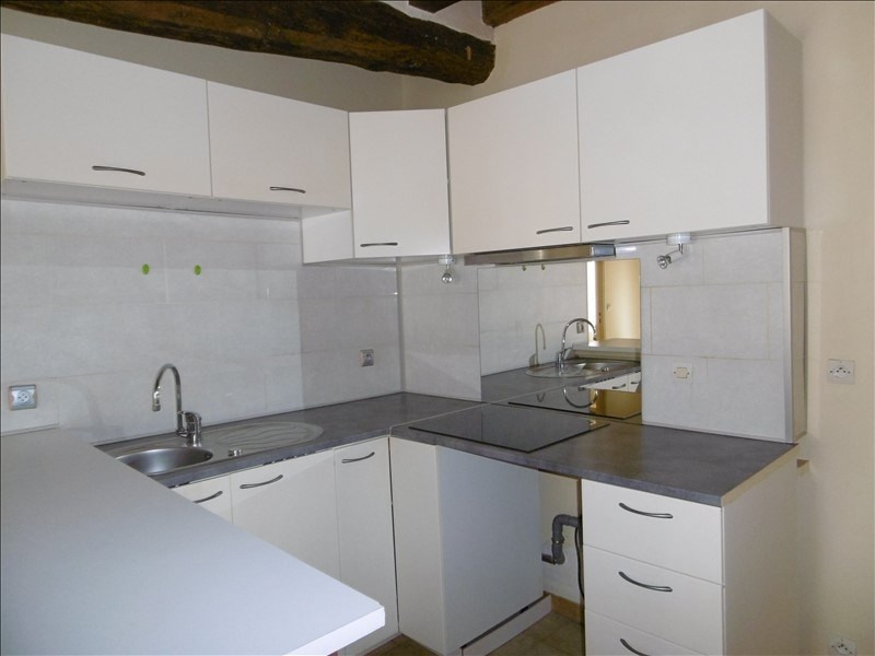 Rental apartment Limours 680€ CC - Picture 2
