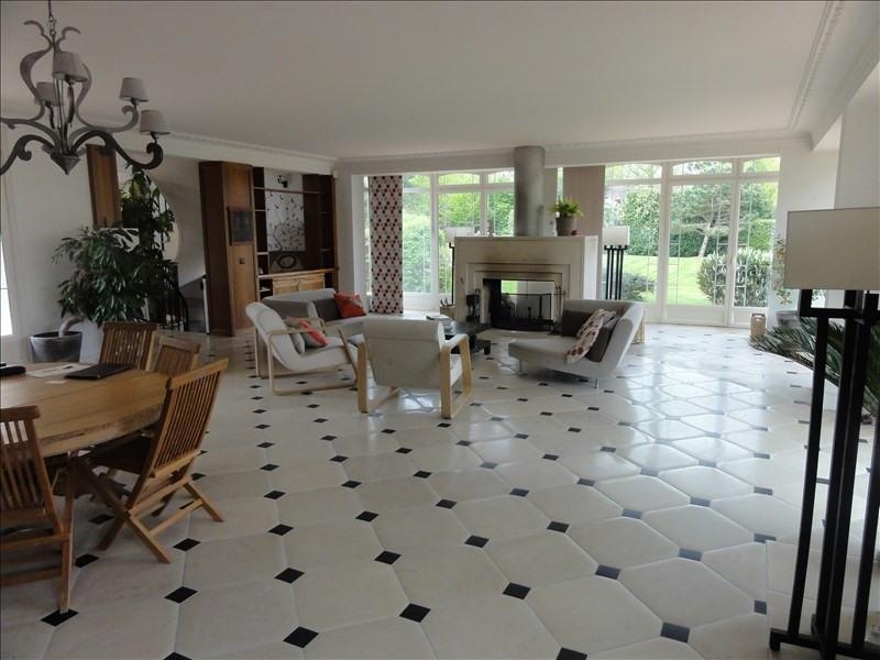 Deluxe sale house / villa Montfort l amaury 1590000€ - Picture 3