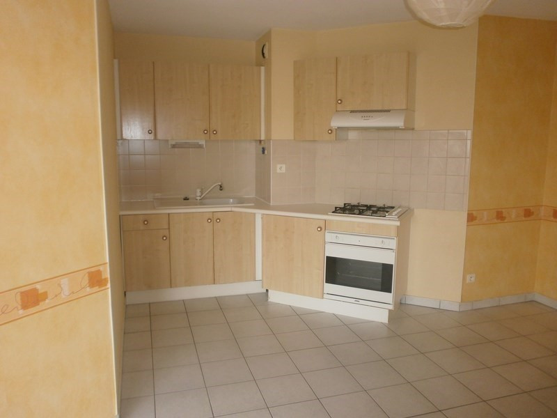 Location appartement Rodez 394€ CC - Photo 1
