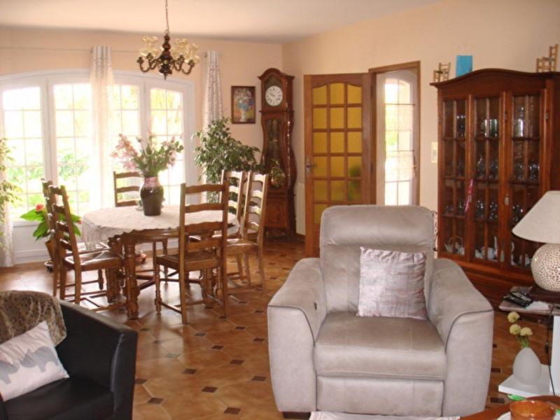 Deluxe sale house / villa La crau 630000€ - Picture 2
