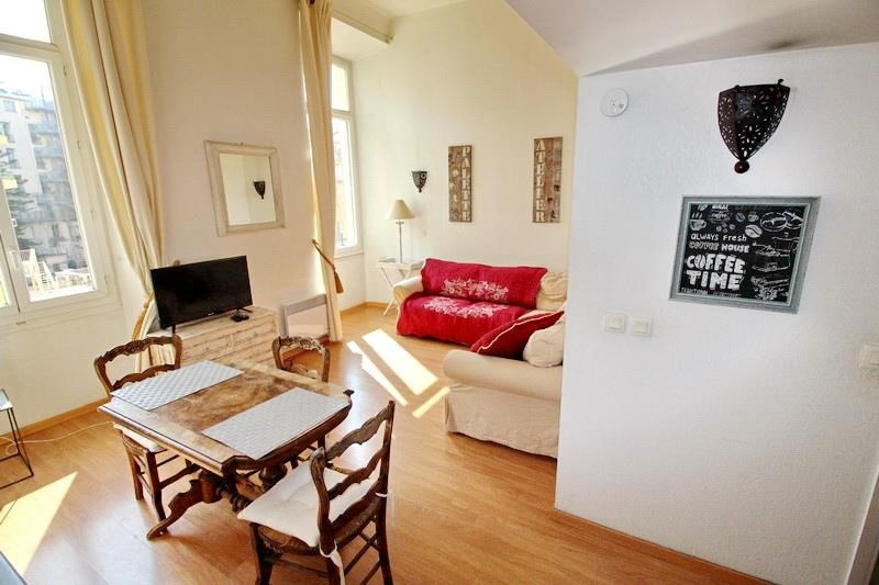 Rental apartment Nice 743€ CC - Picture 2