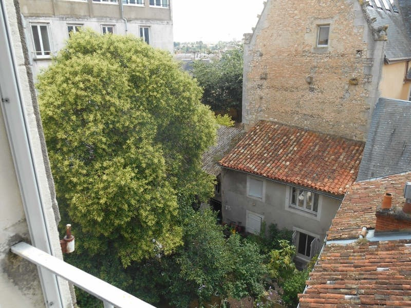 Rental apartment Poitiers 326€ CC - Picture 3