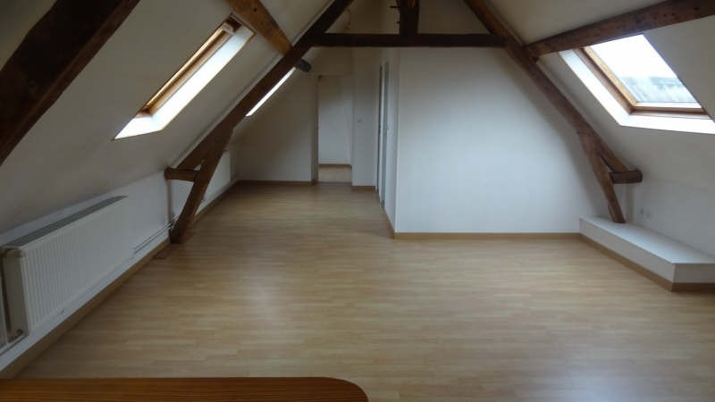 Rental apartment Saint quentin 495€ CC - Picture 1