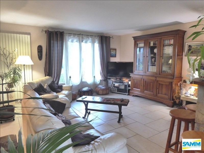 Sale house / villa Mennecy 385000€ - Picture 2