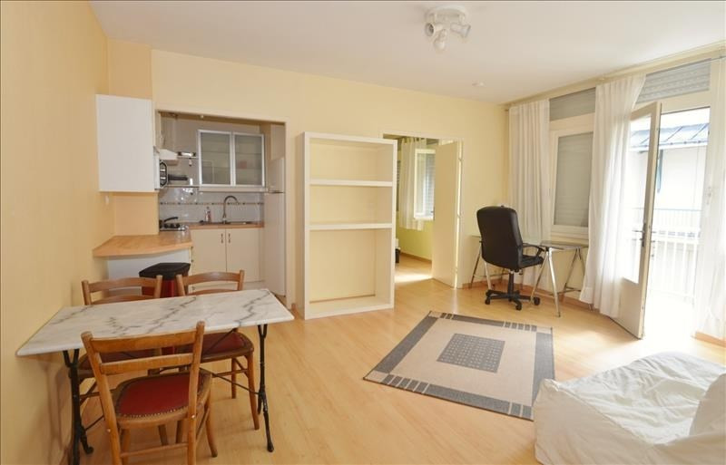 Location appartement Nantes 604€ CC - Photo 1
