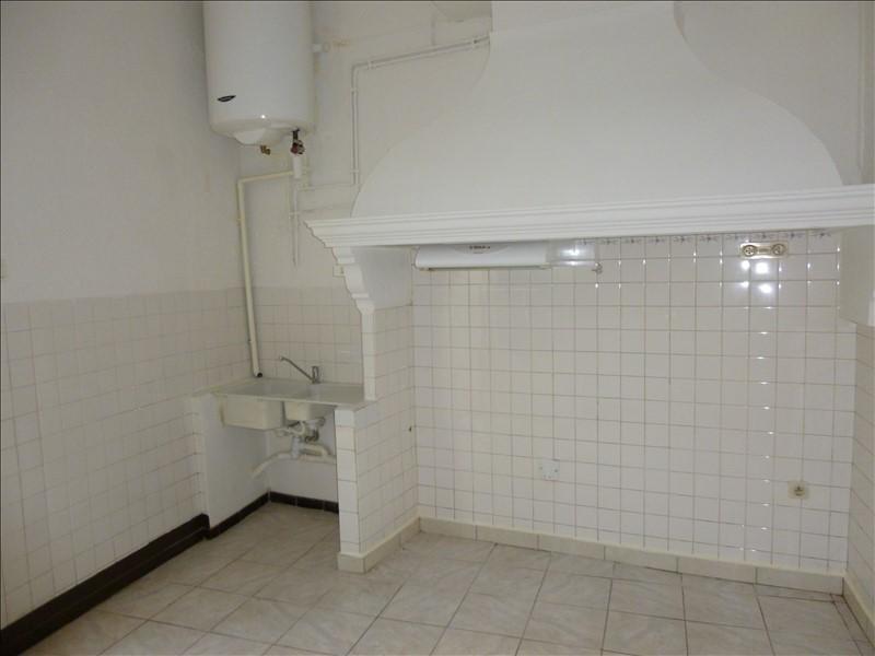 Rental apartment Manosque 370€ CC - Picture 2