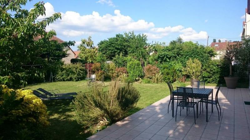 Sale house / villa Arpajon 331200€ - Picture 1