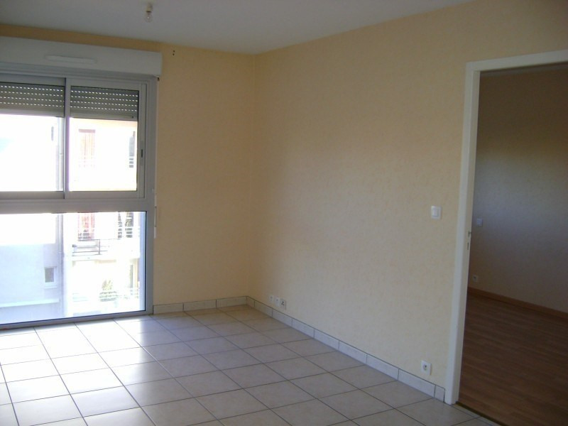 Location appartement Rodez 365€ CC - Photo 1
