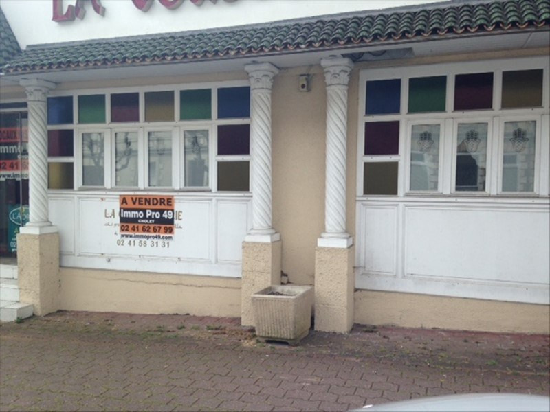 Vente local commercial Cholet 175 000€ - Photo 1