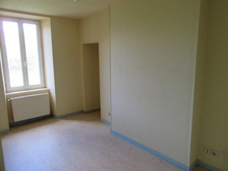 Sale house / villa Monthuchon 96000€ - Picture 6