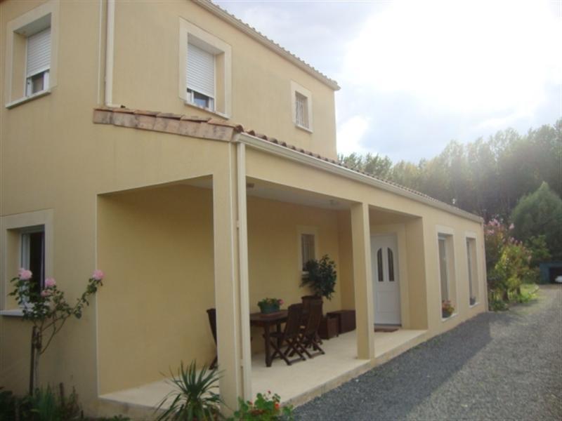 Vente maison / villa Saint-jean-d'angély 263700€ - Photo 1