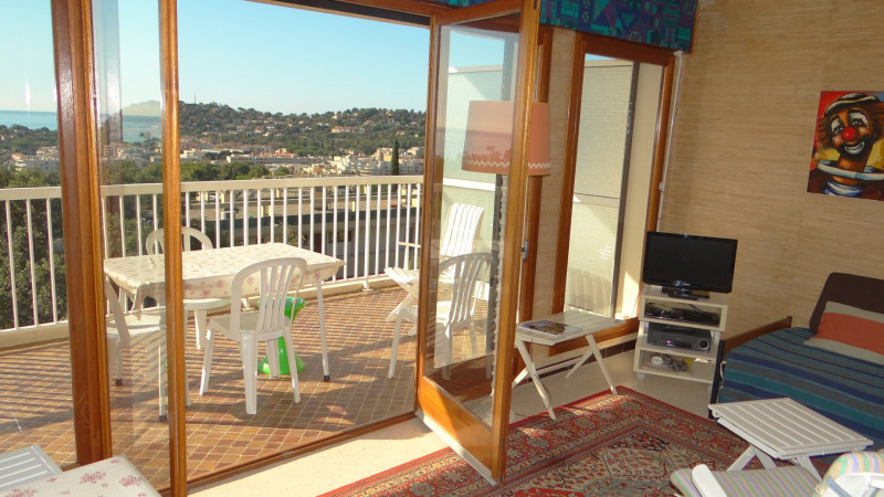 Sale apartment Cavalaire 315 000€ - Picture 3
