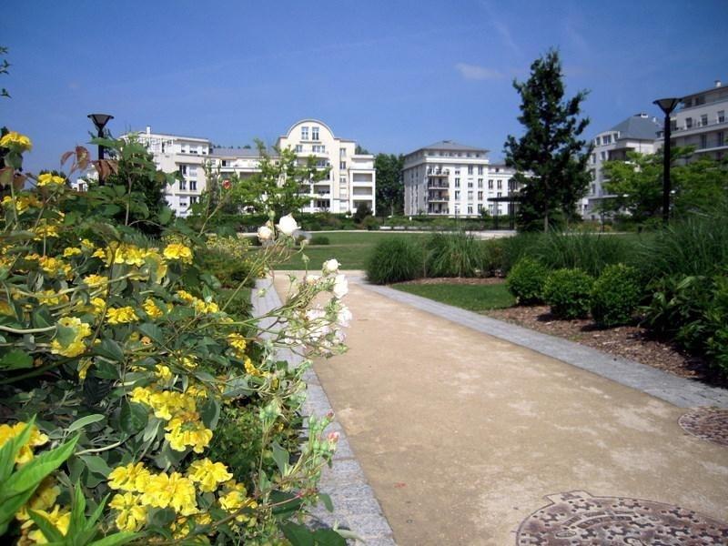 Sale apartment Montigny le bretonneux 227850€ - Picture 9