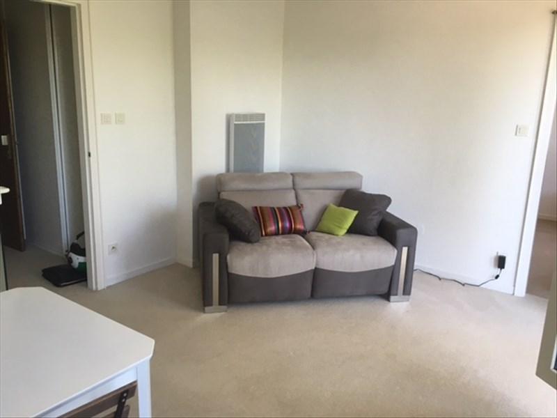 Location appartement Mittelhausbergen 620€ CC - Photo 3