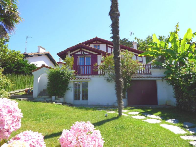 Sale house / villa Saint-jean-de-luz 1080000€ - Picture 1