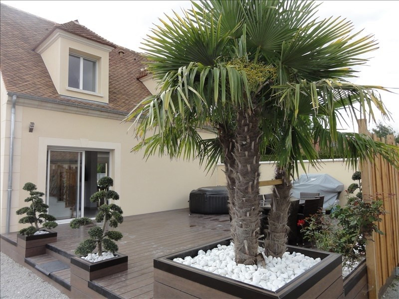 Sale house / villa Montfort l amaury 369000€ - Picture 1