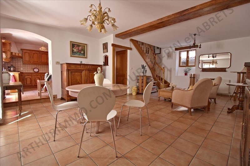 Vente maison / villa Les abrets 159 000€ - Photo 2