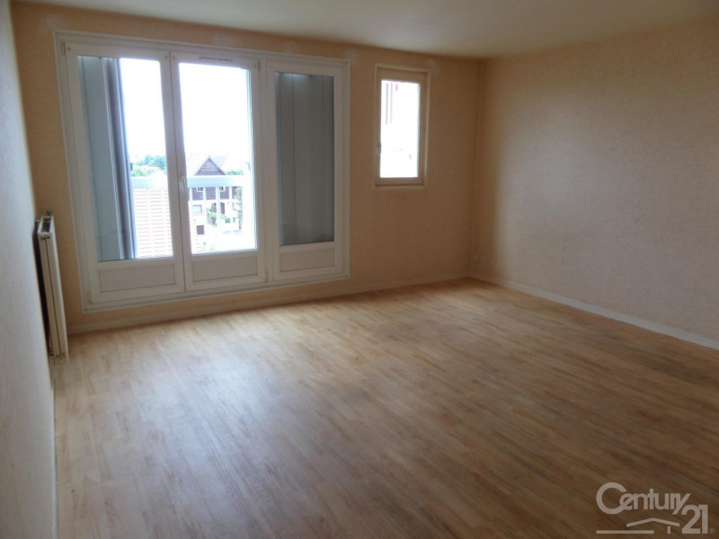 Location appartement Ifs 579€ CC - Photo 1