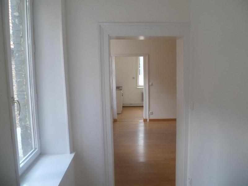 Location appartement Aire sur la lys 380€ CC - Photo 4