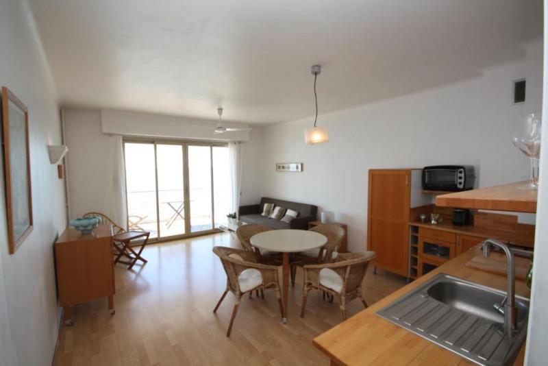 Sale apartment Juan les pins 379000€ - Picture 2