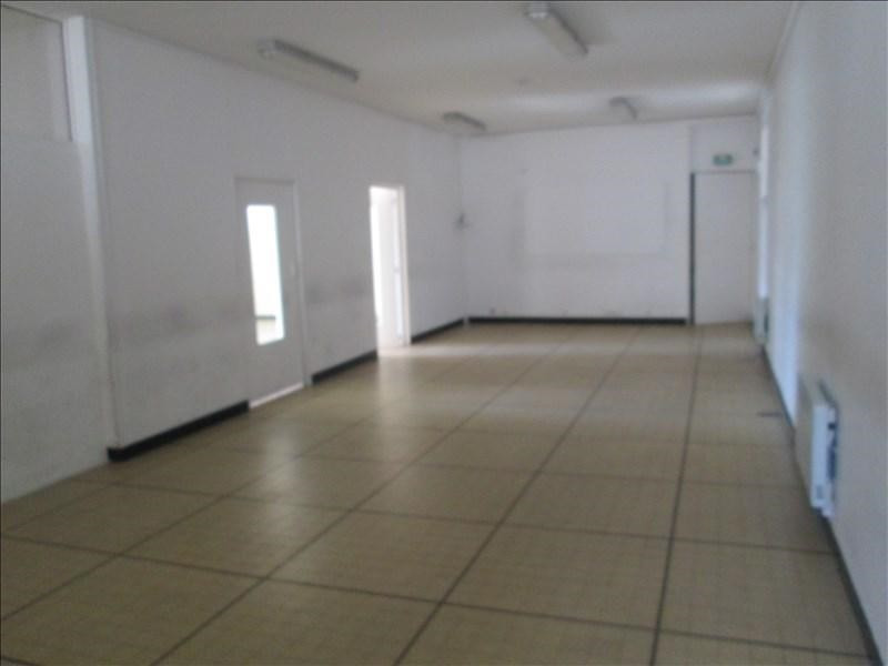 Location local commercial Carpentras 1050€ +CH/ HT - Photo 3