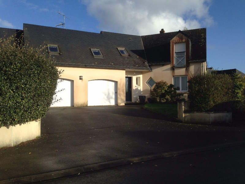 Sale house / villa Parne sur roc 231 640€ - Picture 1