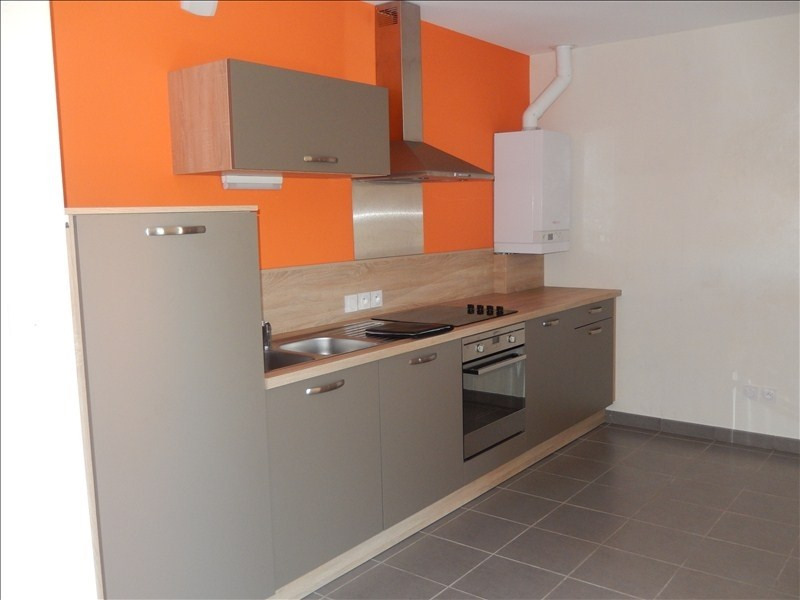 Rental apartment Le puy en velay 472,79€ CC - Picture 2