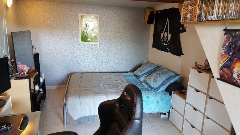 Vente maison / villa Eyguieres 257000€ - Photo 7