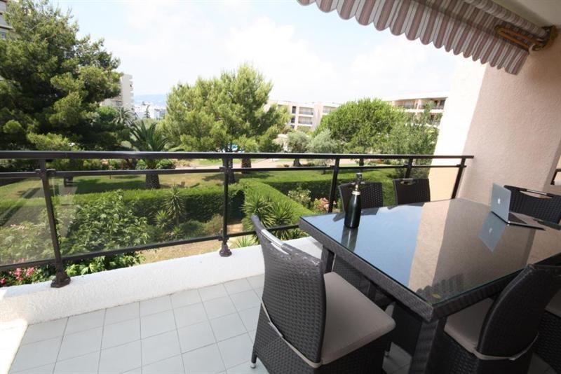 Vacation rental apartment Juan les pins  - Picture 5
