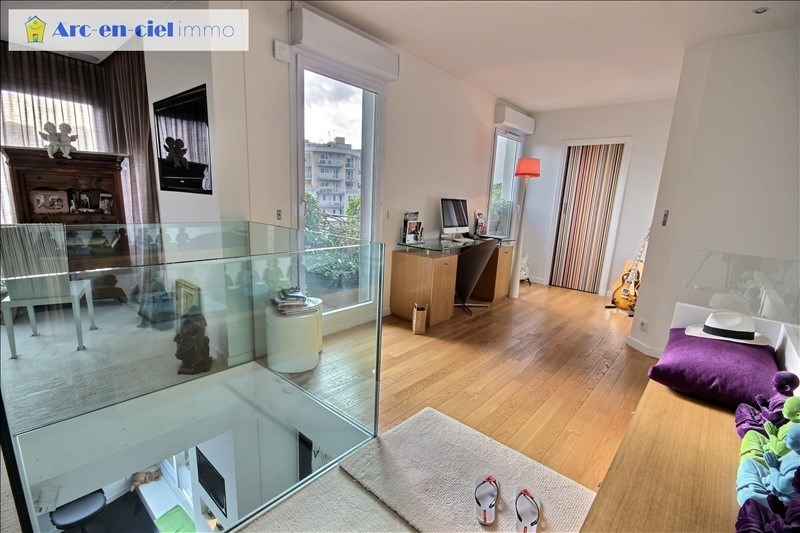Deluxe sale apartment Courbevoie 897 000€ - Picture 8