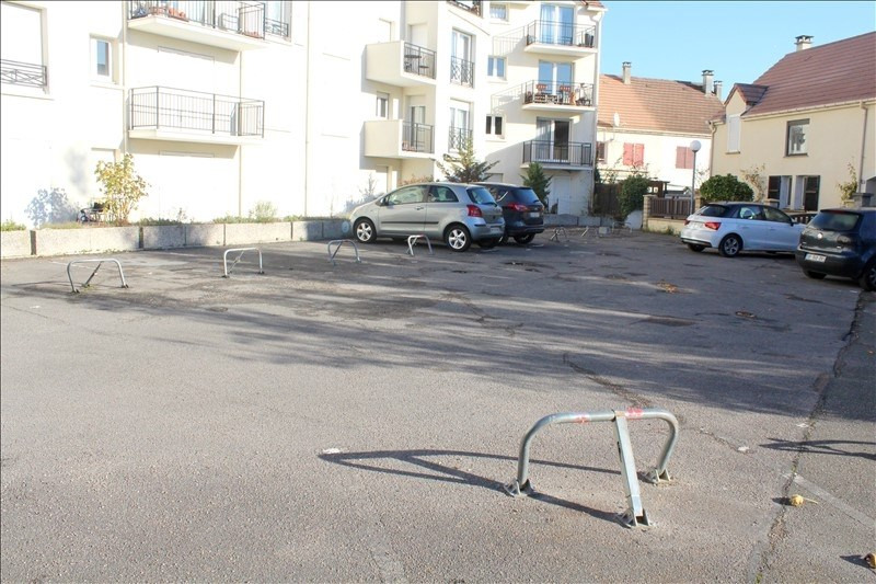 Sale parking spaces Montmagny 10 000€ - Picture 2