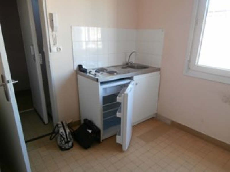 Rental apartment Marseille 2ème 470€ CC - Picture 3