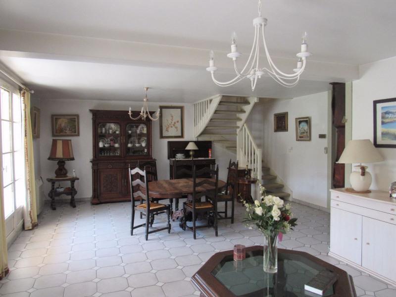 Sale house / villa Lesigny 365000€ - Picture 3