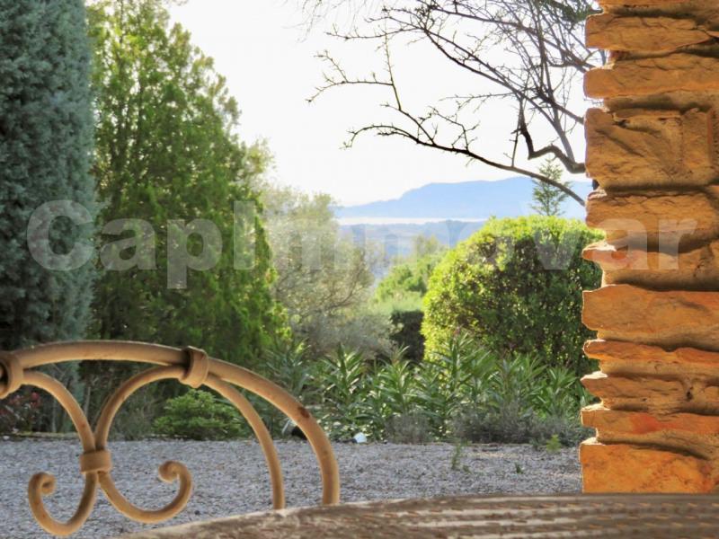 Deluxe sale house / villa Le beausset 595000€ - Picture 6