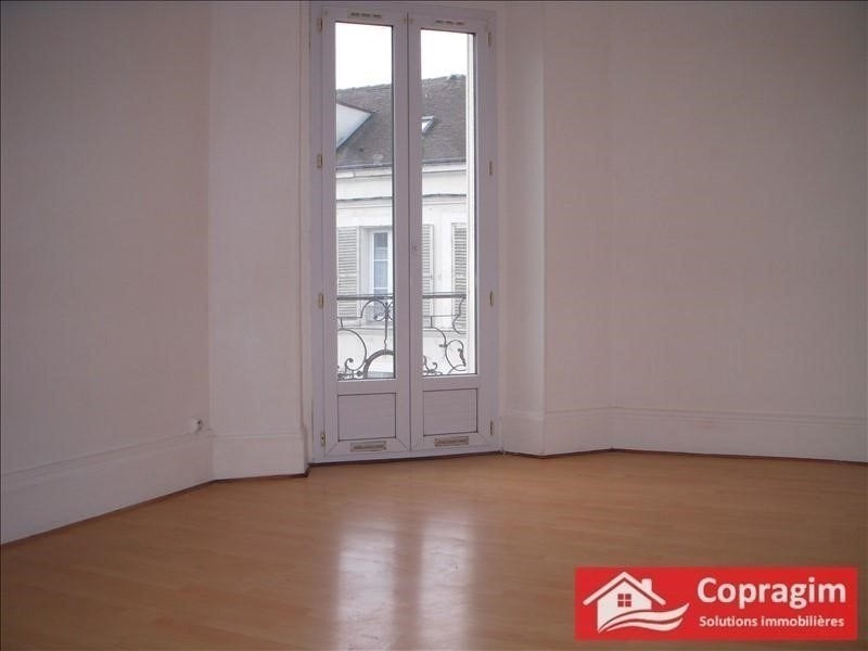 Rental apartment Montereau fault yonne 490€ CC - Picture 1